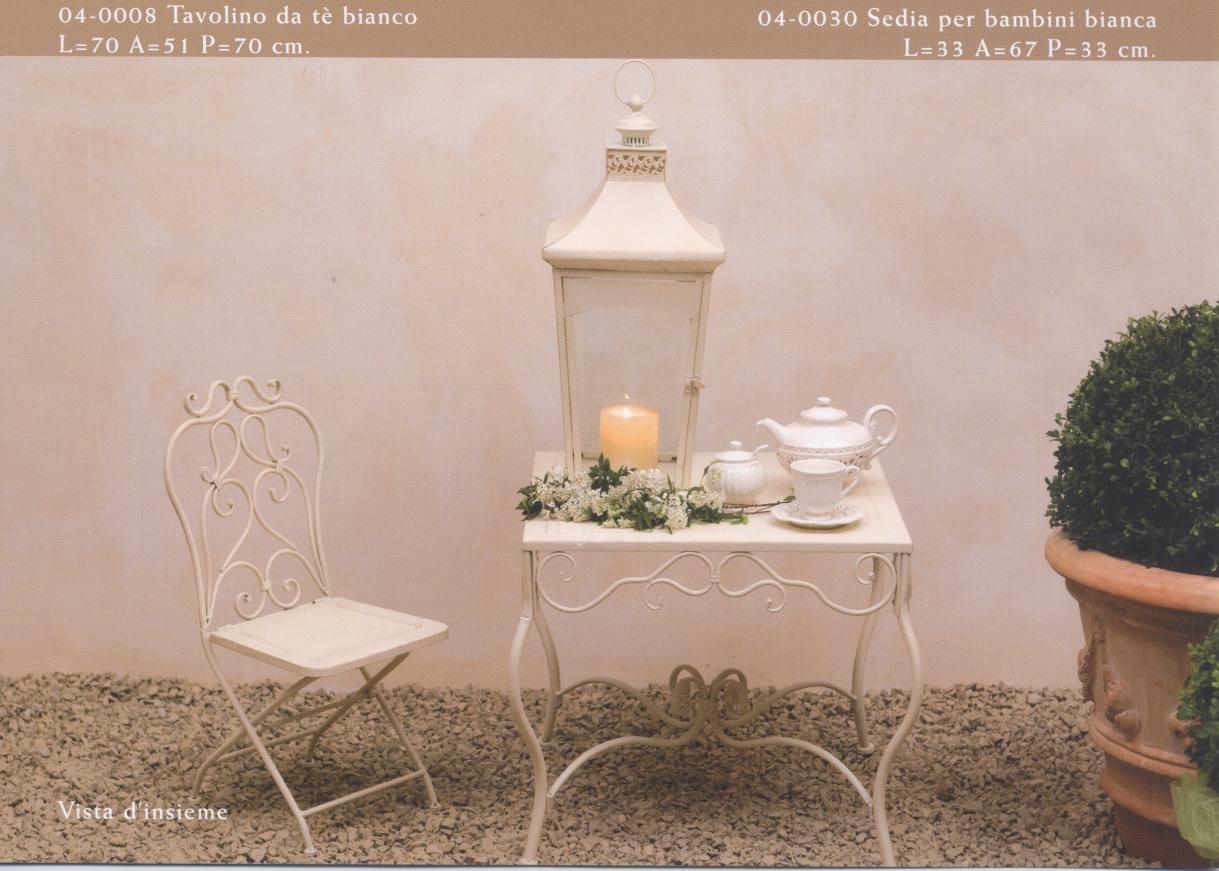 Tavolini sedute oggetti arredamento per esterno e for Tavolino e sedia montessori